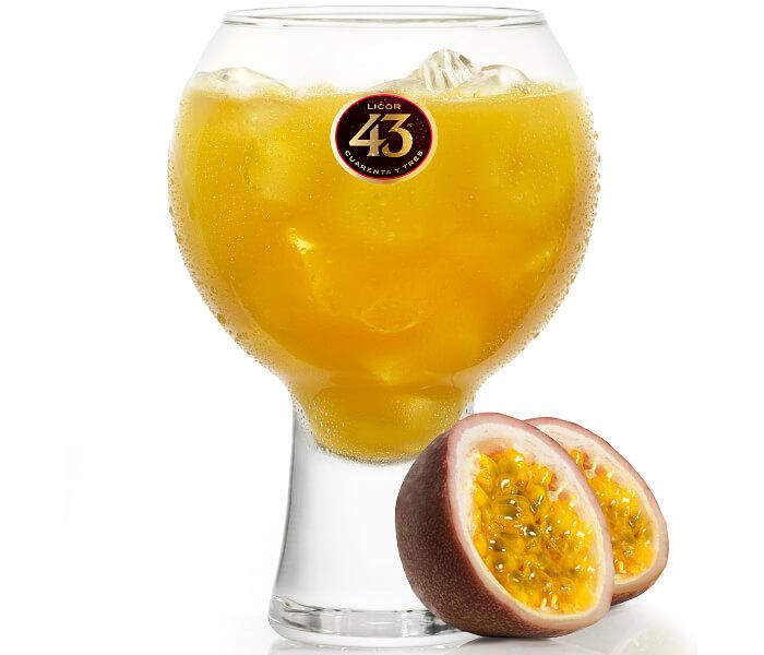 Maracuja 43 Cocktail